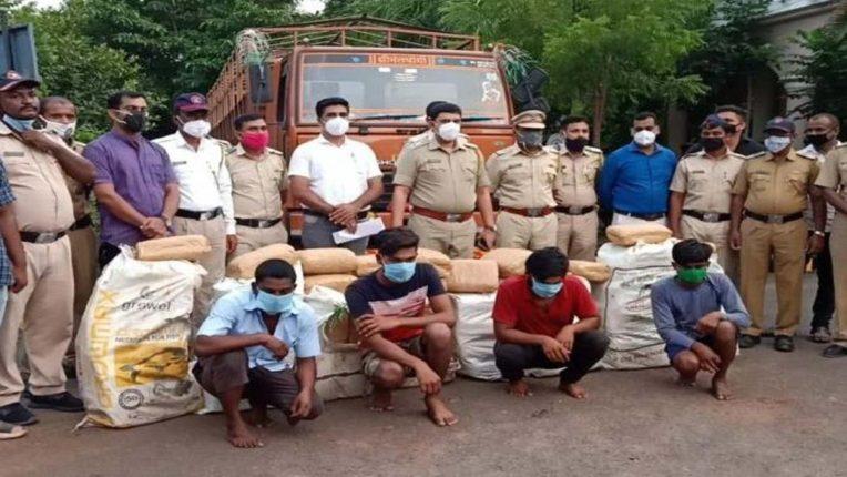 बारामती में पकड़ाया 312 किलो गांजा
