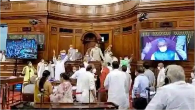 Eight Rajya Sabha members suspended, disruptions disrupted due to opposition