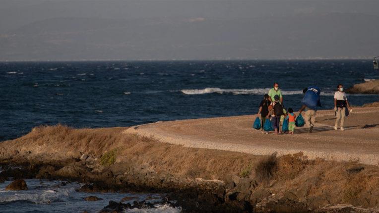 यूनान: नौका डूबने से 3 आव्रजकों की मौत, 56 बचाए गए