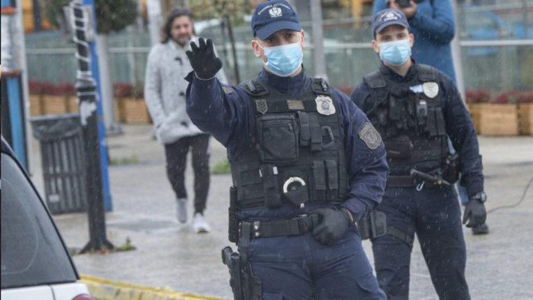 मानव तस्करी के आरोप में तीन गिरफ्तार, सात बंधक मुक्त