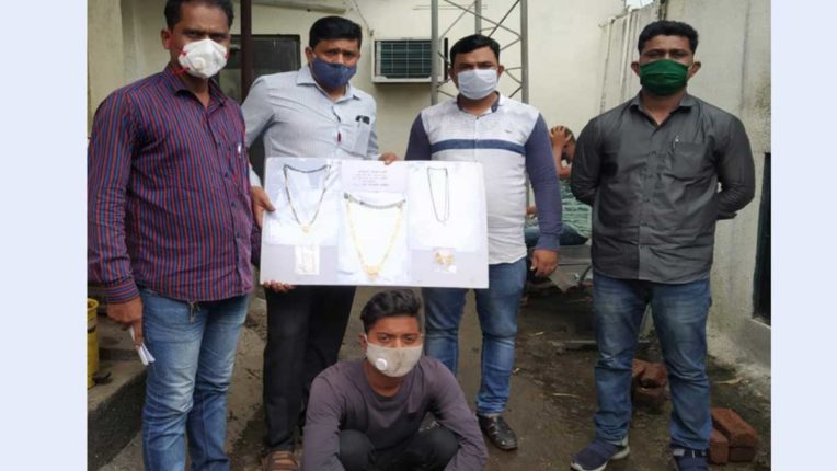 शातिर चोर पुलिस की गिरफ्त में, 2 लाख 62 हजार के आभूषण बरामद
