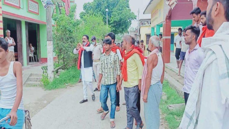बिहार में वोट मांग रहे हैं मुंबई के भाजपाई