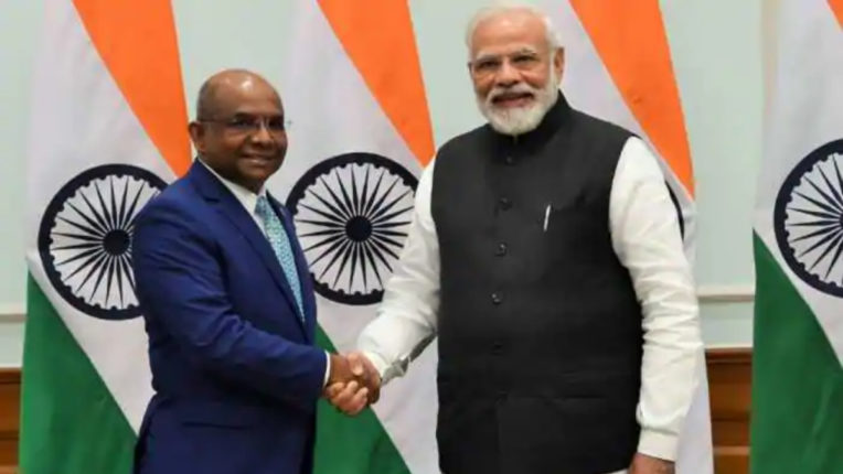 Maldives thanks India for $ 250 million help