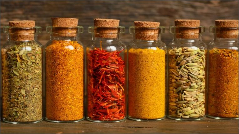 Kitchen tips: keep spices safe for a long time