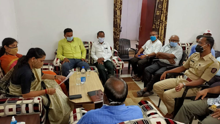 MLA Dhanorkar took a Corona review meeting