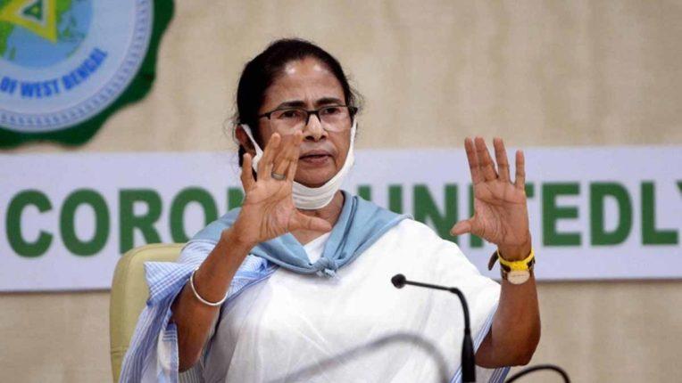 केन्द्र जनता के प्रति जवाबदेह, आंकड़े उपलब्ध ना होने की बात कहना चौंकाने वाला: ममता बनर्जी