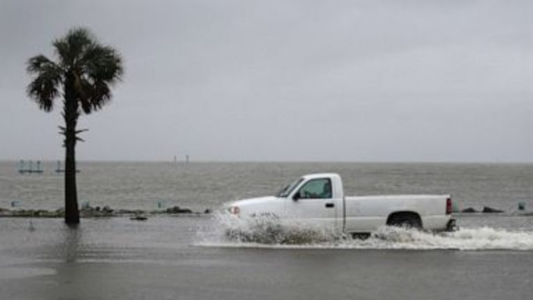 One killed in 'Sally' storm in US, hundreds saved