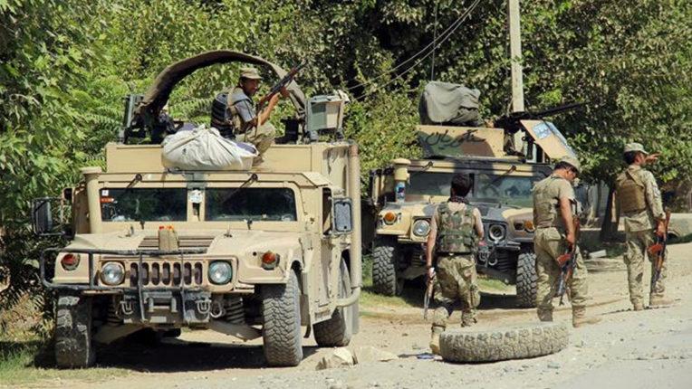 तालिबान ने सुरक्षाचौकियों पर किया हमला, 28 पुलिसकर्मियों की मौत: अफगान अधिकारी