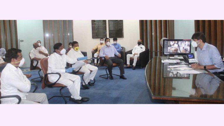डॉक्टर्स नहीं तो जम्बो कोविड सेंटर का औचित्य क्या है