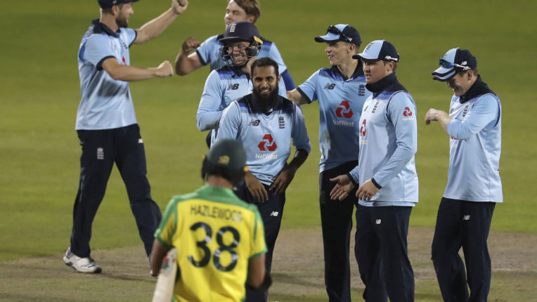 england-beats-australia-by-24-runs-to-win-second-odi