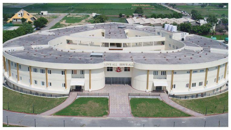 'बड़े दिल' वाला है भारत का यह अस्पताल, मुफ्त में किया जाता है हृदय रोगों का इलाज