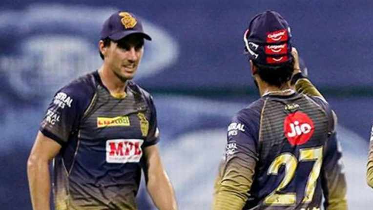 ipl-2020-dinesh-karthik-astonished-by-criticism-on-pat-cummins-after-just-one-bad-outing