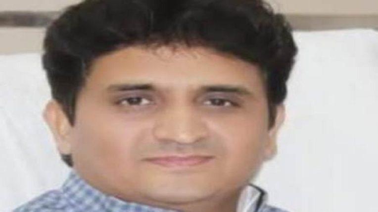 जिले की सभी नपा कर्मियों का बिमा निकाले: विधायक डा. वजाहत मिर्झा