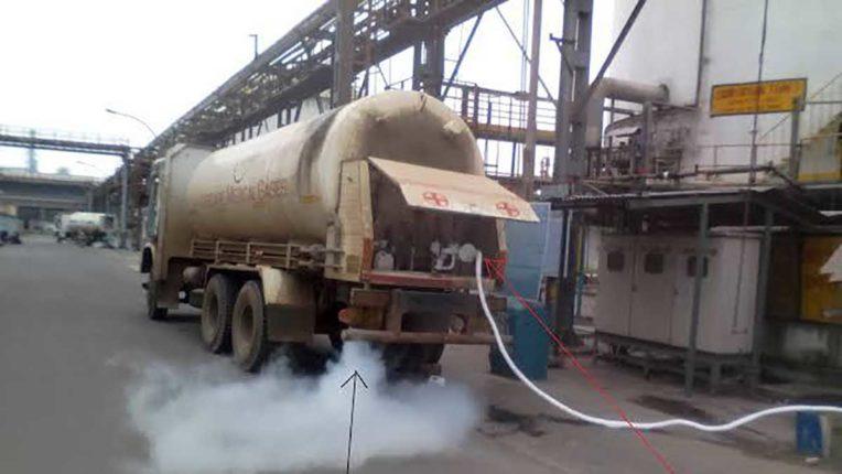 ऑक्सीजन टैंकरों को एम्बुलेंस का दर्जा