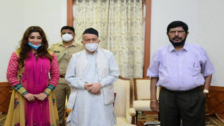 payal-ghosh-meets-maharashtra-governor-seeks-justice