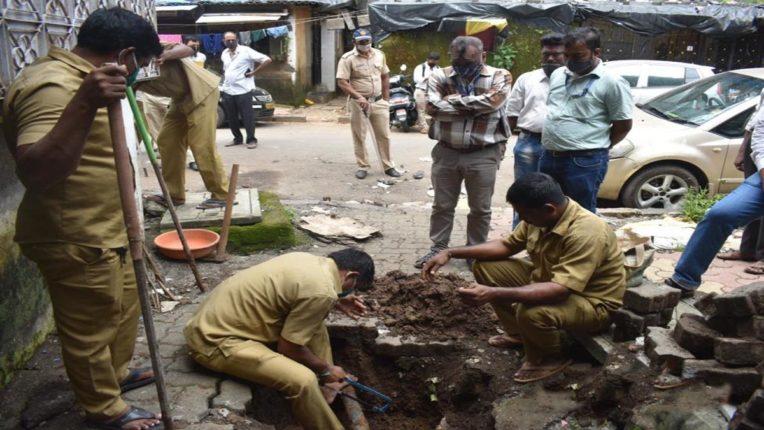 जीटीबी नगर की खतरनाक इमारतों पर चलेगा बुलडोजर, BMC ने काटा बिजली, पानी का कनेक्शन