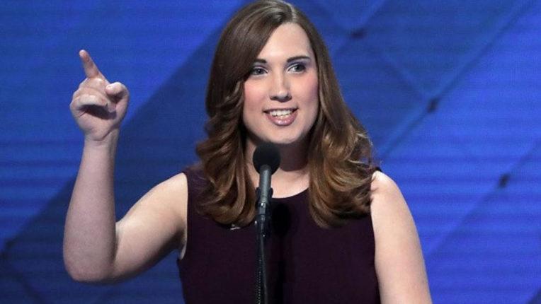 ट्रासंजेंडर कार्यकर्ता ने डेलावेय में प्राइमरी चुनाव में जीत दर्ज की