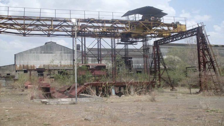 कारखाना शुरू कराने विधायक स्वीकारें चुनौती