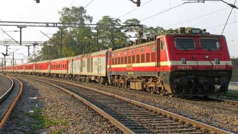 मुंबई-लखनऊ-हरिद्वार, नागपुर-अमृतसर के बीच एसी विशेष ट्रेनें