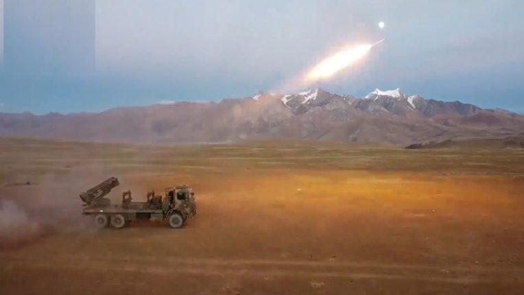 चीन ने रॉकेट के जरिए बारूदी सुरंग बिछाने का किया अभ्यास