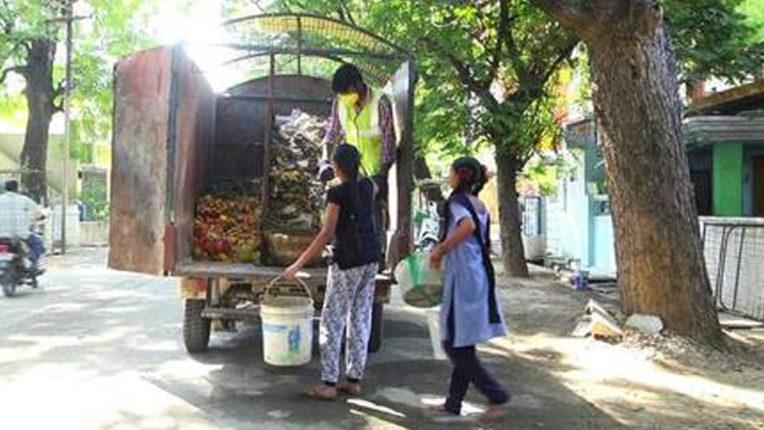 स्कूली वातावरण निर्मित के लिए परिसर स्वच्छता