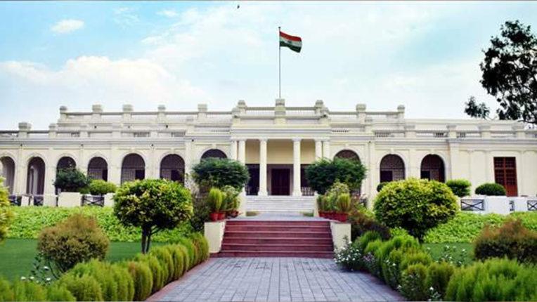 दिल्ली विश्वविद्यालय में दाखिले के दूसरे दिन वेबसाइट की गति रही धीमी