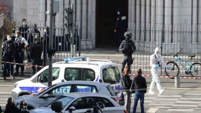 The man who attacked in the Church of France was a Tunisian citizen, had the Quran in his hand