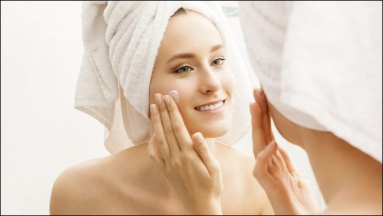 How to get rid of dry skin in winter? Here are sure ways