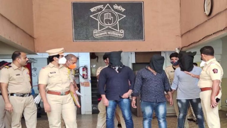 2 किलो चरस के साथ 3 गिरफ्तार