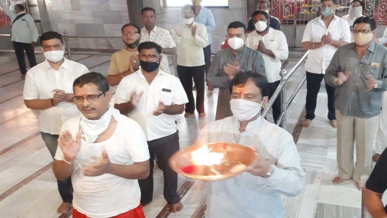 कर्णपुरा देवी नवरात्र उत्सव शुरू, शिवसेना जिला प्रमुख दानवे ने की आरती