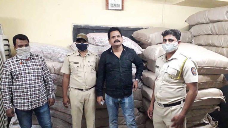 उस्मानपुरा पुलिस ने 8 लाख का गुटखा किया जब्त