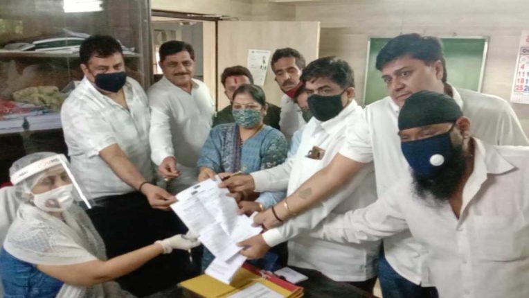 भाजपा के सदस्य ने भरा शिवसेना की ओर से नामांकन