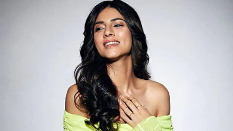 Sushant Drugs Case: Actress Sapna Pabbi dismissed the news of leaving the country after the name surfaced in the drugs case, released this statement