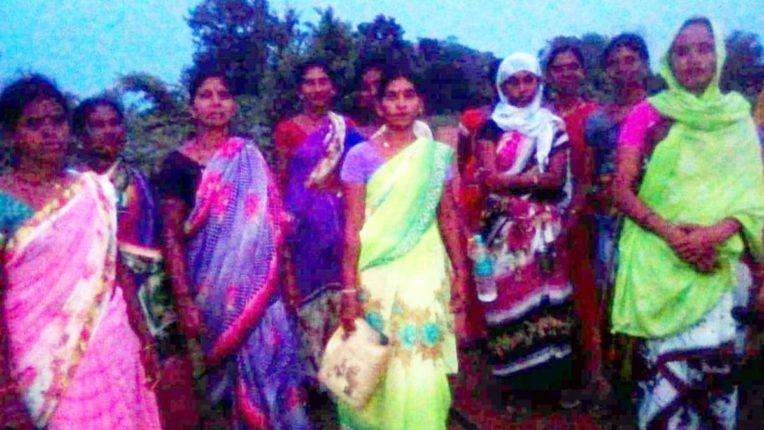 Women in Bodali for Liquor