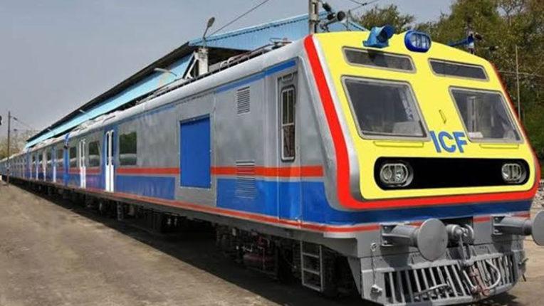 गुरुवार से पश्चिम रेलवे पर AC लोकल भी, चलेंगी लोकल की 700 फेरियां