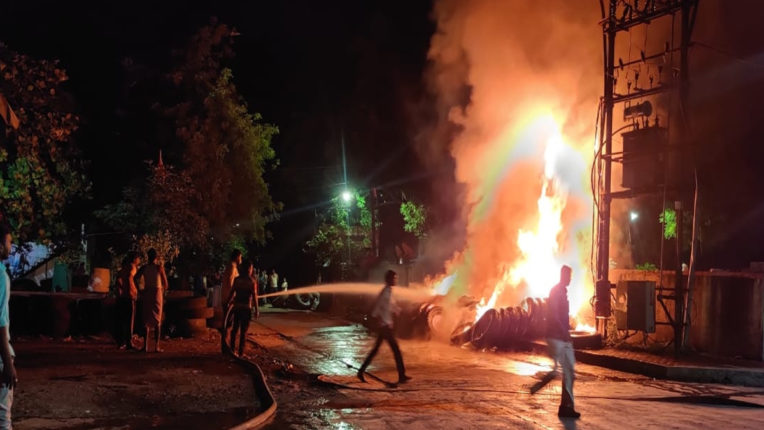 रिमोड टायर के गोदाम में आग, मसानगंज परिसर की घटना