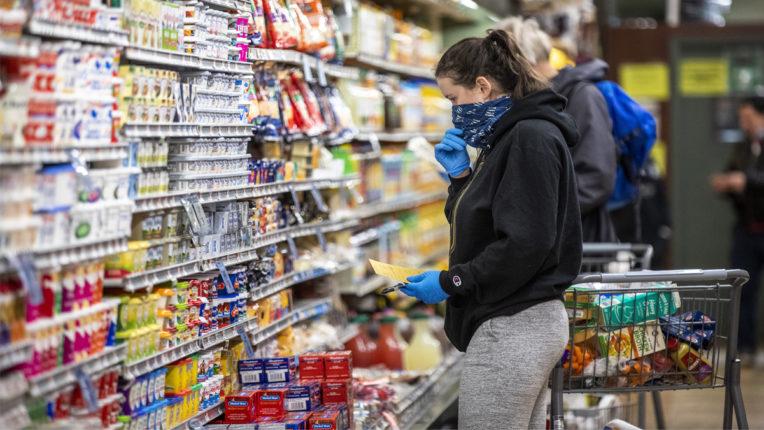 चीन में खाद्य सामग्री के पैकेट पर मिले जीवित कोरोना वायरस