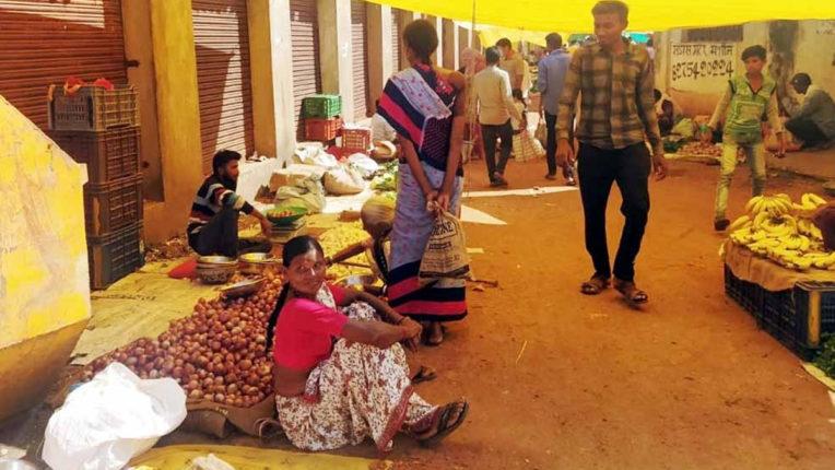 7 माह बाद बाजार  में लौटी रौनक, 7 माह बाद बाजार  में लौटी रौनक