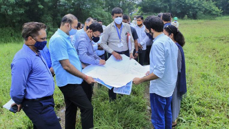 मेट्रो कार शेड के लिए कांजुरमार्ग भूखंड में मिट्टी परीक्षण का काम शुरू – आदित्य ठाकरे
