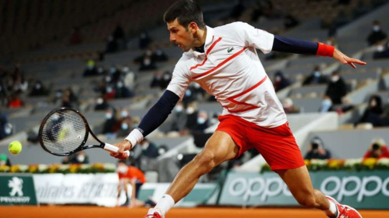 novak-djokovic-enters-semi-final-of-french-open-2020-to-play-stefanos-tsitsipas