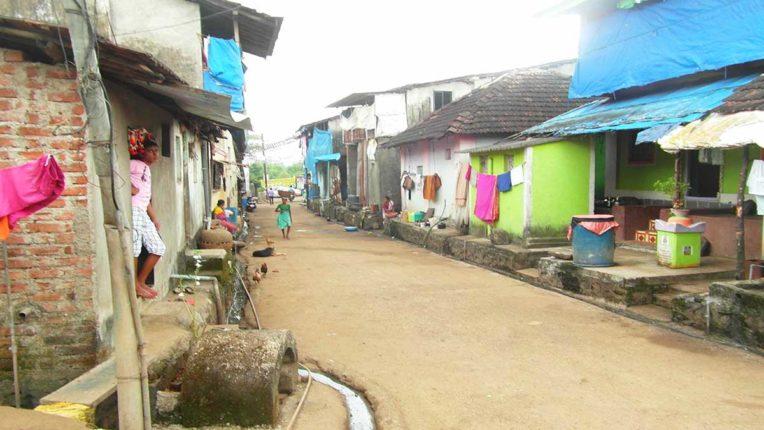 पनवेल के 210 गांवों तक कब पहुंचेगी पक्की सड़क