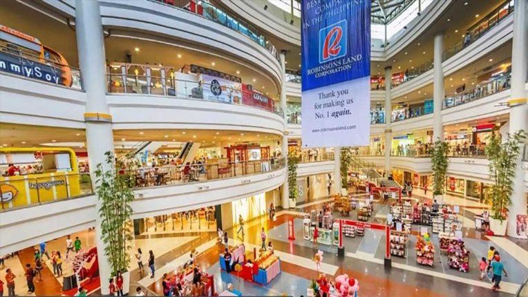 शॉपिंग सेंटर और माल्स रात 10 बजे तक खोलने दो