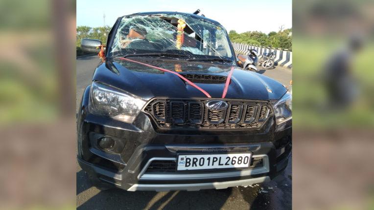 सीआरपीएफ के 2 जवान घायल, उब्दा शिवार में कार पलटी