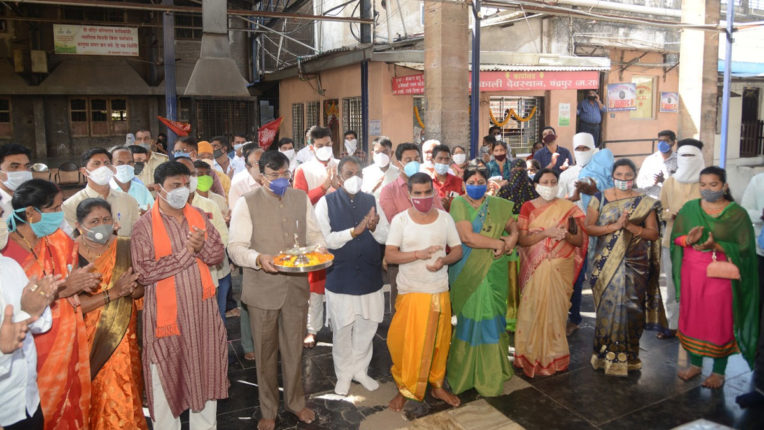 BJP's victory in opening of religious places- Sudhir Mungantiwar