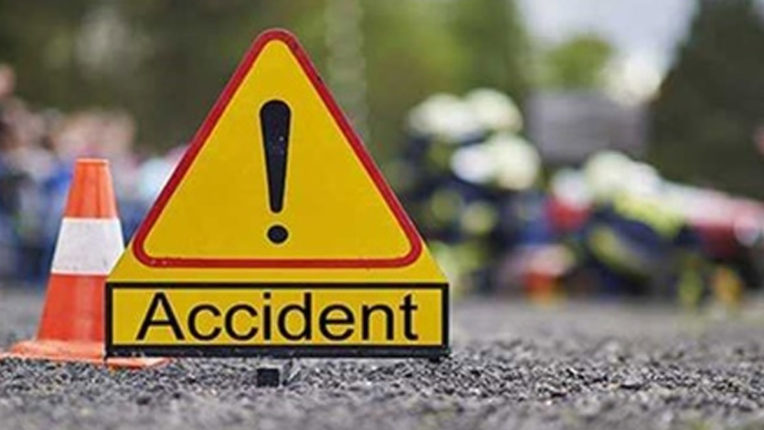Car collided with tree, 2 injured