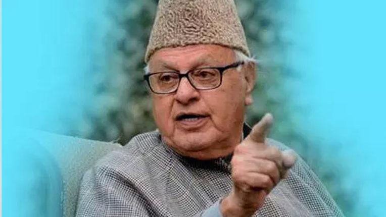 कश्मीर के नेता मजबूरी में साथ-साथ