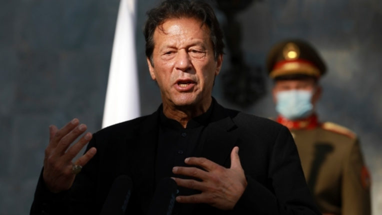 Imran Khan speaks again on Gilgit Baltistan, now said giving the status of the province is a priority