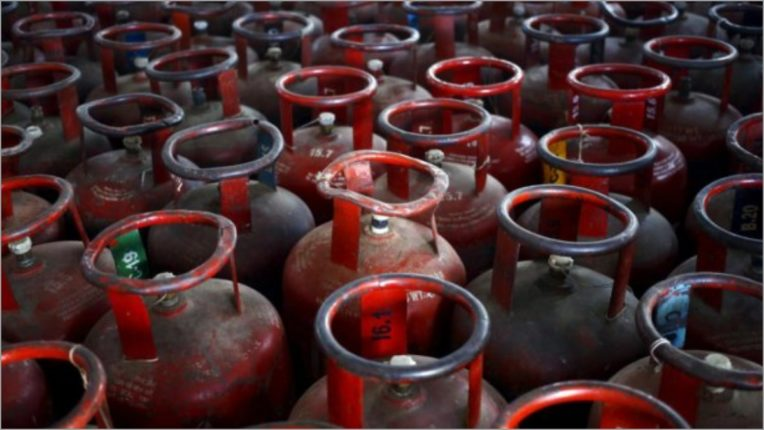 LPG subsidy to BPCL consumers will continue even after privatization: Pradhan