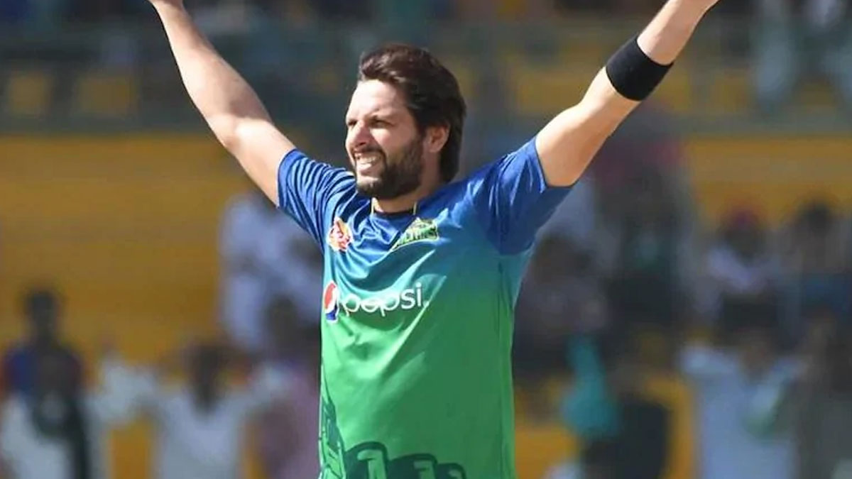 Shahid Afridi-misses-flight-to-sri-lanka-set-to-miss-his-teams-first-two-lpl-matches