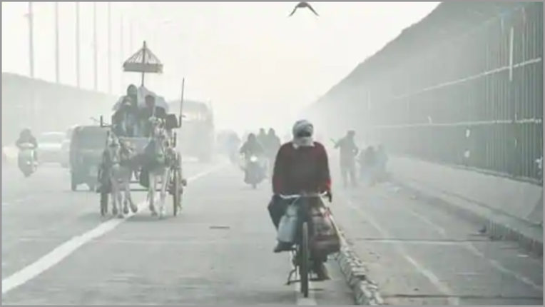 The lowest temperature recorded for this season in Delhi